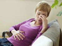 Боль в желудке и тошнота